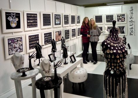 Seriously beautiful jewelry booth at a trade show for Jewelry display trade show