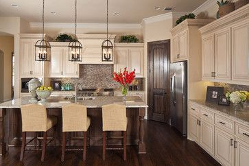 Kitchens With Dark Cabinets And Pantry Love This Kitchen