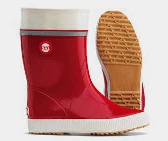 Nokia, mobile phones? Originally, for a Finn Nokia meant sturdy rubber boots. It all began with rubber boots!