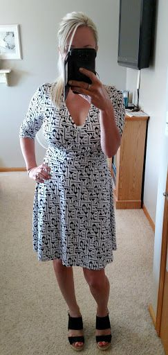 Some Like It Hot and Gluten Free: June Stitch Fix (#6) 41Hawthorn Renesme Jersey Faux Wrap Dress