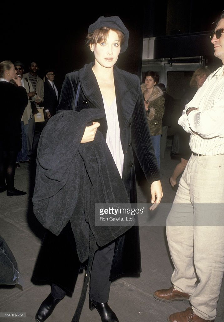 Model Carla Bruni attends the Ralph Lauran Fashion Show on March 31,... News Photo | Getty Images