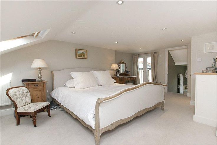 4 bedroom house for sale in Leathwaite Road, London, SW11 - Rightmove | Photos http://mayfairpropertylondon.co.uk