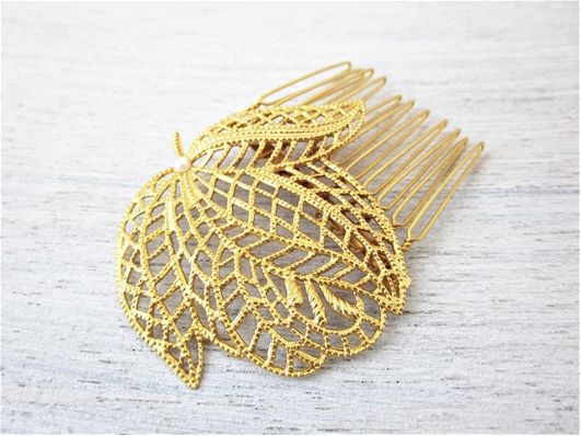 Venice hair comb in gold