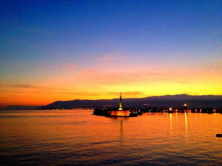 Foto di Giulia Spina.  Stretto di Messina