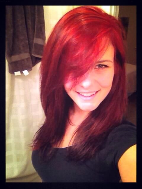 Red hair done with Loreal hicolor: Red!