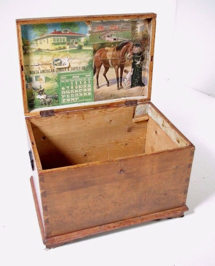 Reduced! Moving Sale! B368 Antique Pine Box, Blanket Box, ToyBox, Tool Chest
