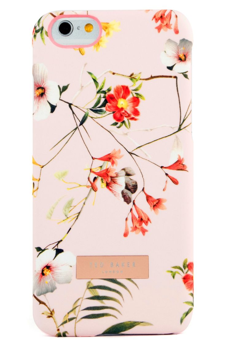 A dramatic layer of blooms brings lavish color to this vintage-style phone case.