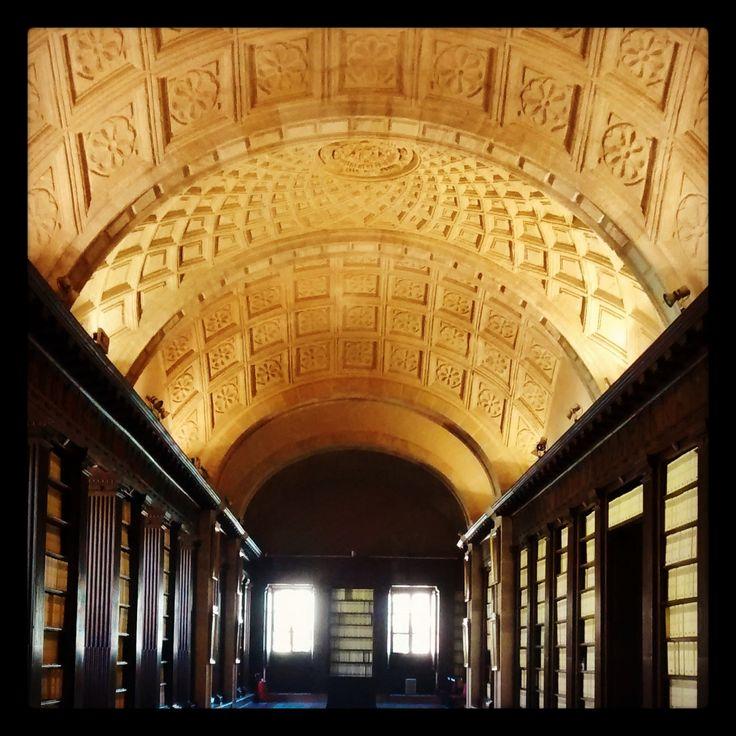 Archivo de Indias #Sevilla: 80 millones de páginas y 8.000 mapas y dibujos de la administración de las colonias - Patrimonio de la Humanidad #UNESCO.