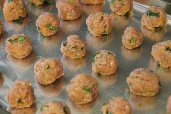 Chicken meatballs for baby-led weaning #FoodForBaby