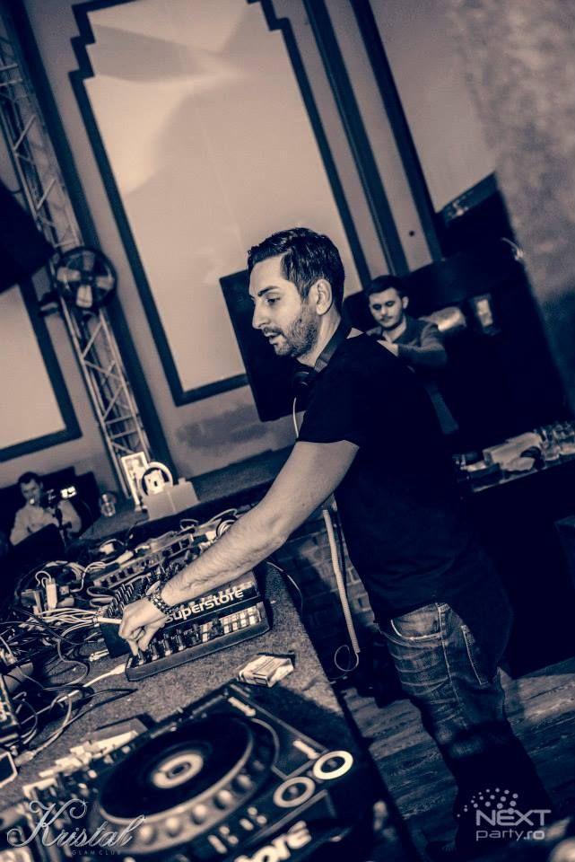Mahony warming up for Dubfire- Kristal Club Bucharest - 2013