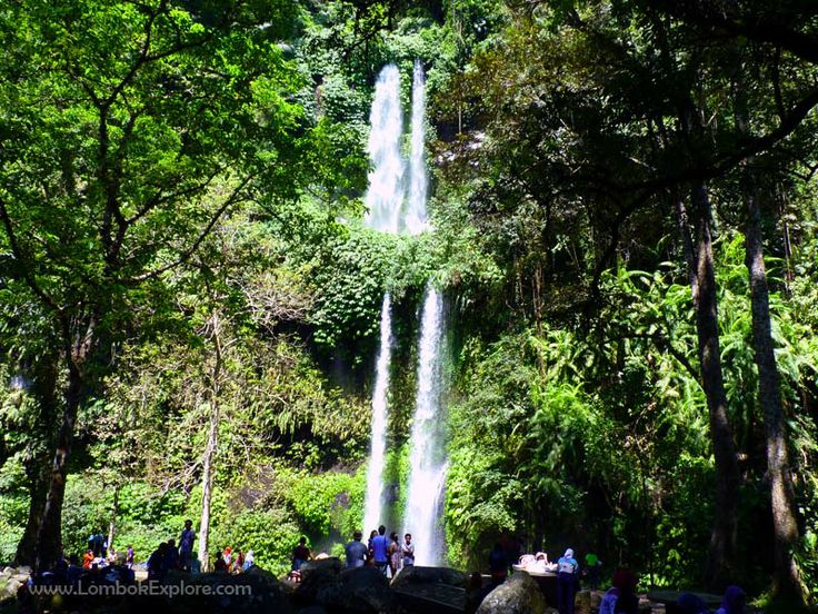 Air terjun Sendang Gile (Sendang Gile waterfall). A beautiful waterfall in North Lombok, Indonesia. For more information, please visit www.LombokExplore.com.