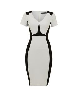 Combine this Karen Millen dress with a black blazer and you're instantly office ready. - Claaseconsultancy