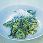 Een heerlijk recept: Jamie Oliver: tagliatelle Genovese