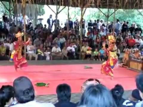 Legong Jobog Dance by Pelegongan Mekar Bhuana Orchestra group PART 2