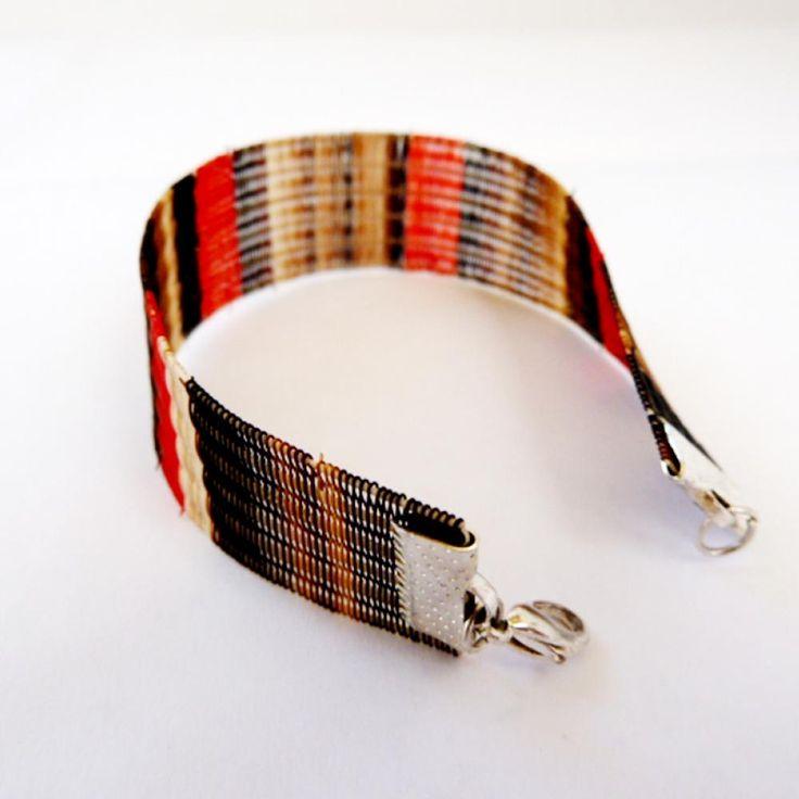 Crin bracelet