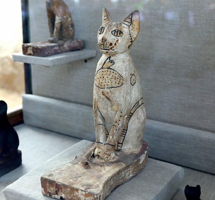 Purrfect Photos: Cat Mummies and Wooden Cat Statues ...