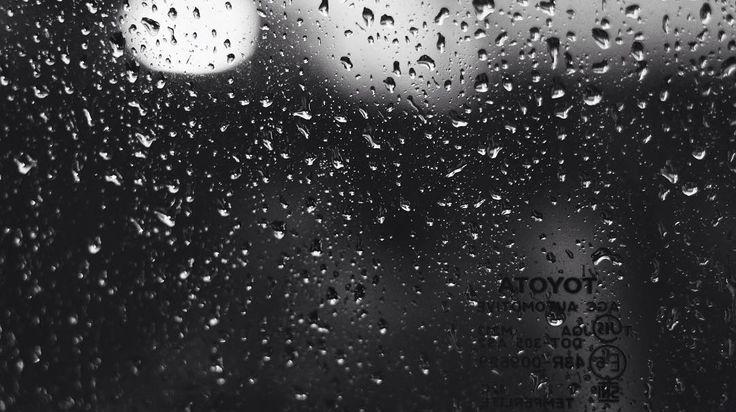 Dreaming in the rain. . . . . . #indonesia #vsco #vscocam #instagood #passionpassport #igmasters #nature #bw #bw_indonesia #rain