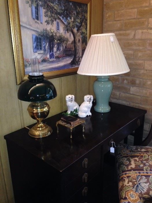 Asian style desk and decor  New Divide & Conquer sale starting this Thursday April 6-April 8, 2017 check out the details here:  http://divideandconquerofeasttexas.com/nextsales.php  #estatesales #consignments #consignment #tyler #tylertx #tylertexas #organizing #organizers #professionalorganizer #professionalorganizers #movingsale #movingsales #moving #sale #divideandconquer #divideandconquerofeasttexas #divideandconquereasttexas #marthadunlap #martha #dunlap
