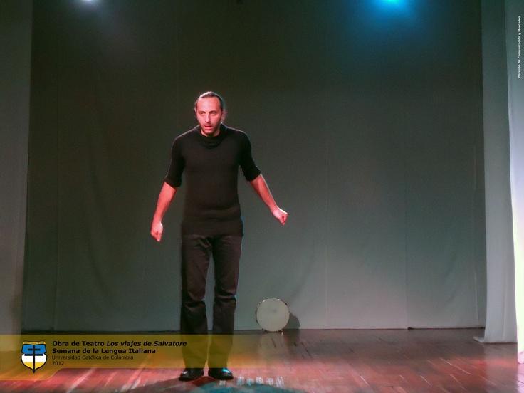 """Obra de teatro """"Los Viajes de Salvatore"""" de Salvatore Motta. Martes 16 de Octubre."""