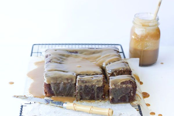 Sweet & Sour: STICKY TOFFE PUDDING.....Y UNA ADIVINANZA PARA FILM & FOOD