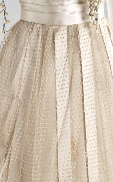 190 best images about dotted swiss on pinterest vintage for Dotted swiss wedding dress
