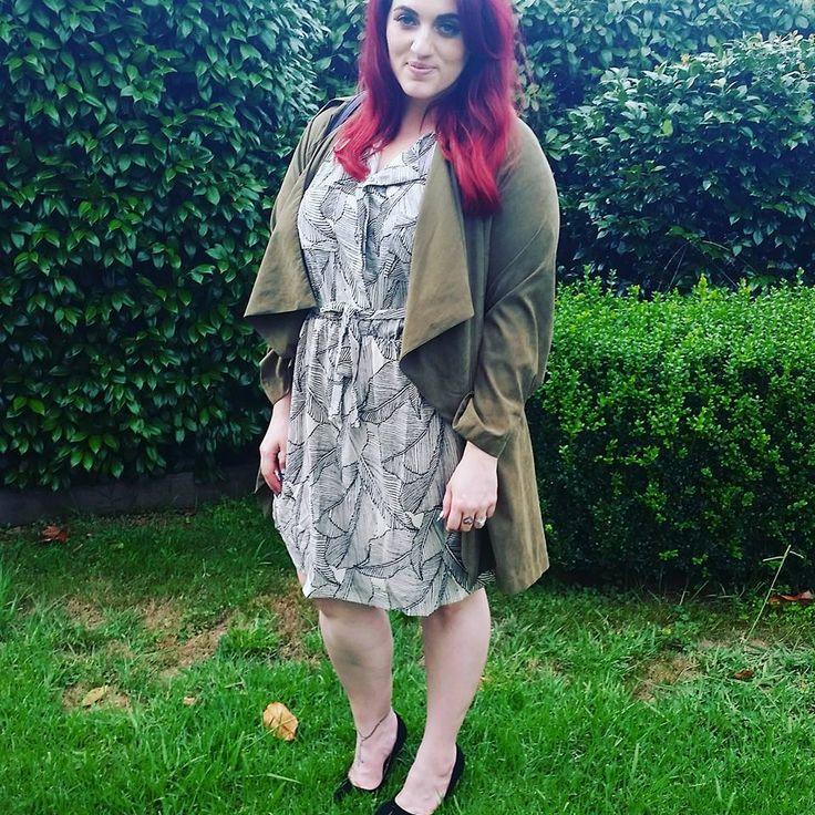 Sera Lilly Curve  Plus size winter fashion. Khaki water fall coat with printed dress