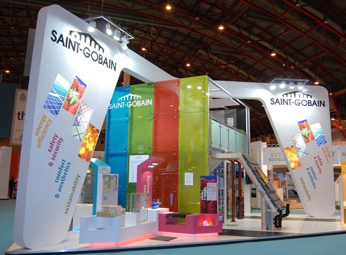 Hair Expo Stands : Intricate and interesting exhibit display