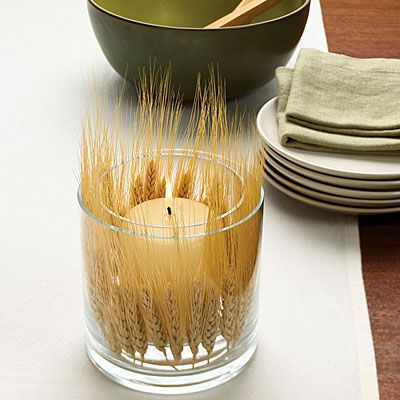 Harvest candle - 8 Creative Fall Table Settings - Sunset