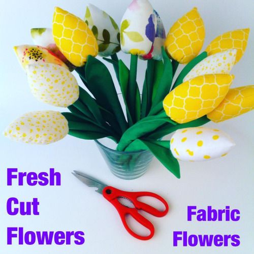 Those flowers are Hola Lotta evergreen. Make, plant, cut  #tulips #giftideas #crafting #etsy  #etsyseller  #etsyshop #thehandmadeparade #craft #fabric #fabriclover #handmade #flowers #flowerslovers #homedecor #florist