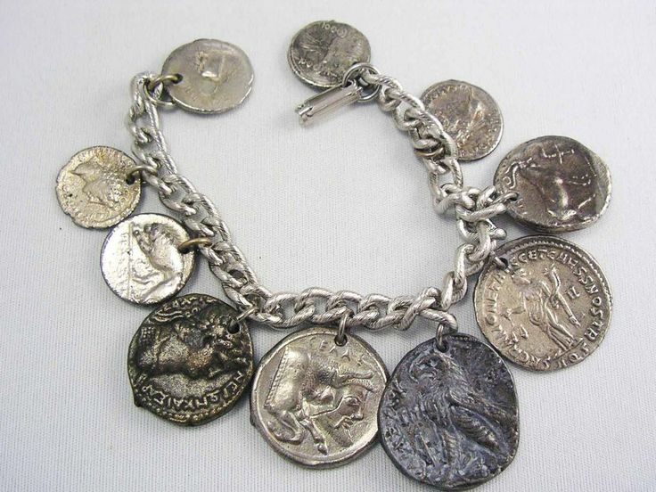 Vintage AWESOME OLD Roman Cameo DOUBLE SIDED 10 X Coin Charm Bracelet SIlver