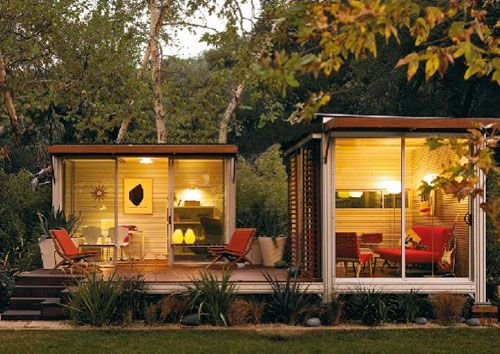 awesome outdoor studio - that would make the ideal office
