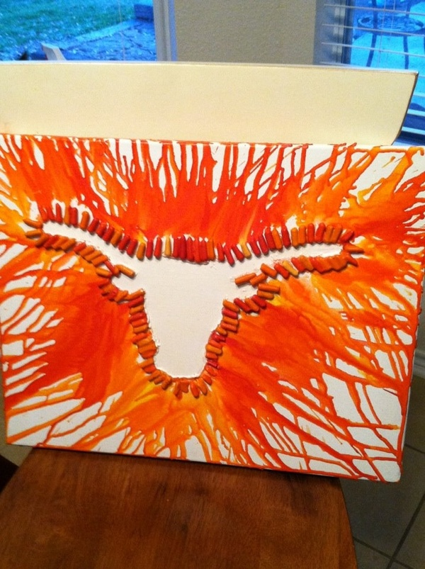 "I've gotta do this with a block ""E""!: Longhorns Crayons, Texas Longhorns Crafts, Idea, Grad Gifts, Hooks Ems, Crayons Art, Texas Longhorns Logos, Ems Horns, Crayon Art"