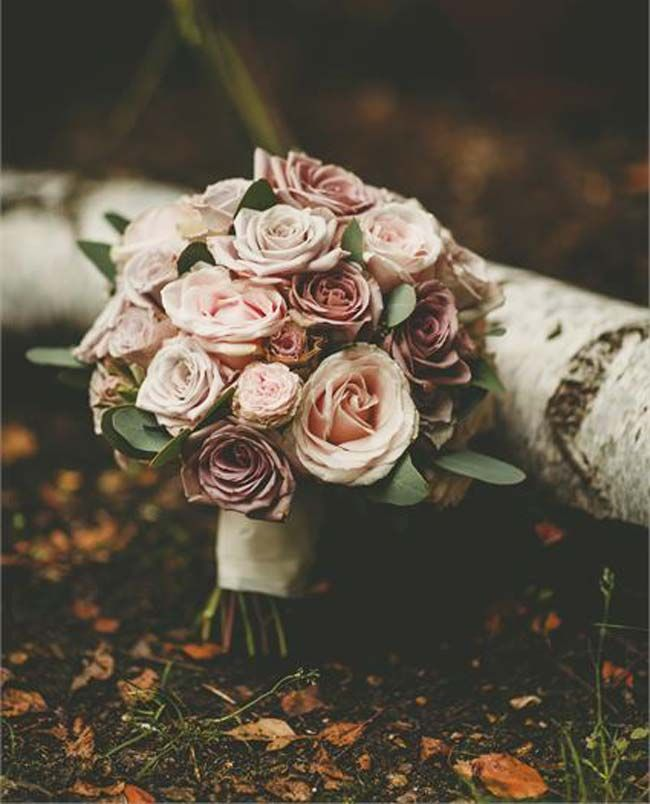 This amnesia rose bouquet would be perfect for a vintage wedding in autumn or…