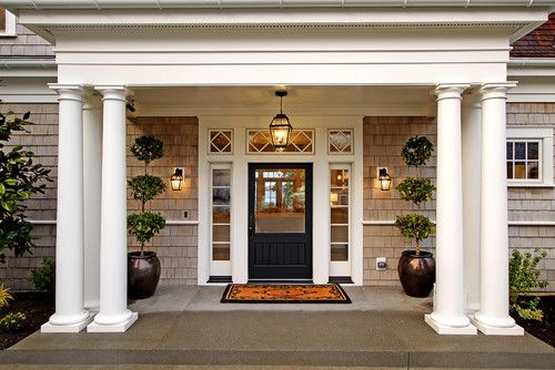 Traditional entry in Seattle. Paul Moon Design.: Moon Design, The Doors, Entry Doors, Doors Design, Flowers Pots, Front Doors, Front Entrance, Front Entry, Front Porches