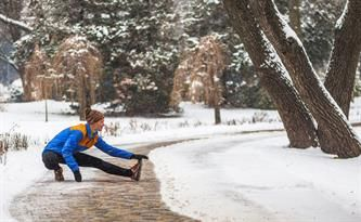 Avoid a #WinterWorkout rut and get in shape with these great tips from #Timbercreek!