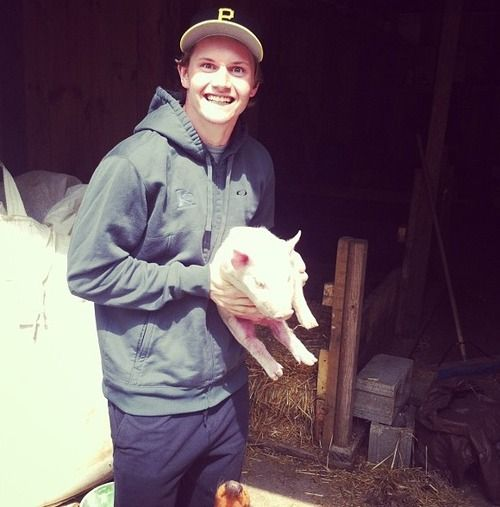 Jacob Trouba from the Winnipeg Jets with his piggie Wilber