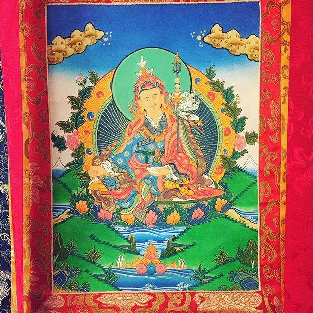 #Guru #Rinpoche #Thangka #kagyulineage #buddhism #buddha #karmapa #karmakagyu #karmapachenno #kagyu #mantra #mandala #mahakala #Rinpoche #Lama #Dharma #dupsengrinpoche #chogyalrinpoche #chogyal #dupseng #vajrayana #meditation