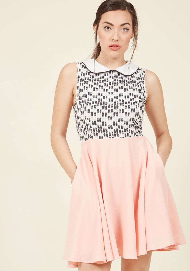 All Puckered Out A-Line Dress in S - Sleeveless Twofer Mid