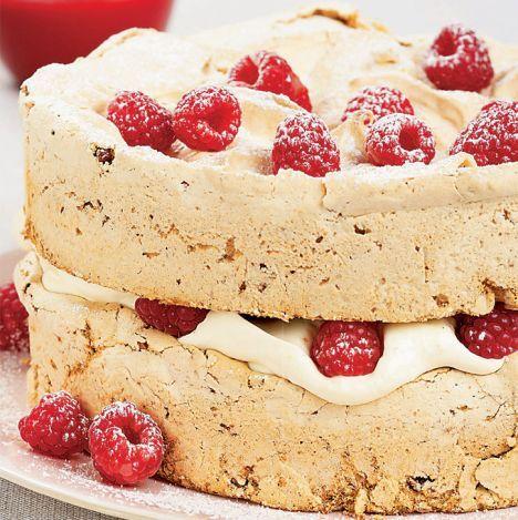 Hazelnut meringue cake - I like the thick layers