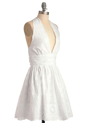 Caught Your Eyelet Dress    Nice summer dress!