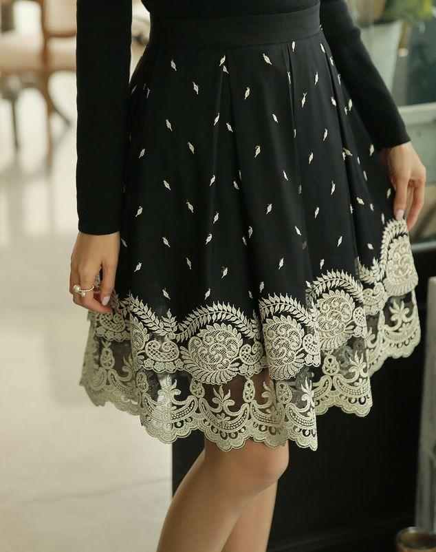 StyleOnme_No. 35645 #skirt #lacedhem #laced #fullskrit #louisangel