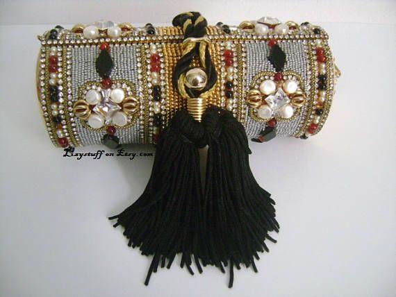 Vintage M & J Hansen Designs LTD, Made in USA oro Metal glamorosa noche bolsa bolso de embrague Bejeweled granate diamantes de imitación de perlas borla W/negro