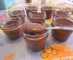 Recette Crème danette chocolat version améliorée par Anne Legoupil Ma cuisine tout simplement - recette de la catégorie Desserts & Confiseries