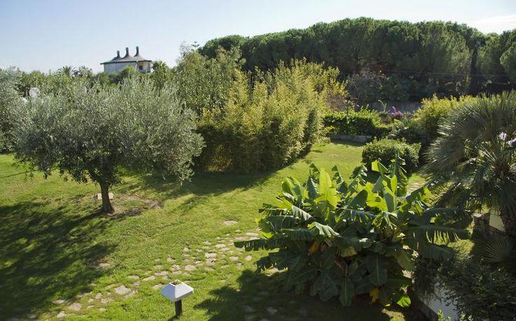 http://www.hotelbaiadinora.com/en/rooms-and-suites/panoramic-garden/