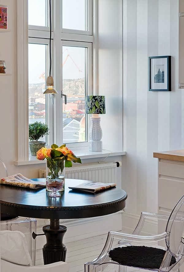 17 best images about dining tables for small spaces on for Small dining room sets for apartments