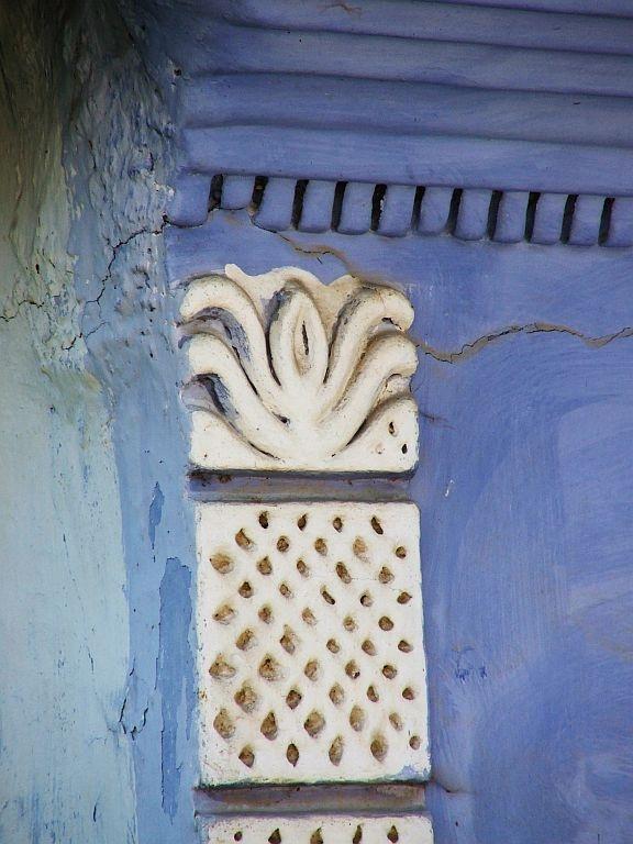Secler motif + typical blue colour in Kőrislaka, Transylvania, traditional house  csedoattila.blogspot.com