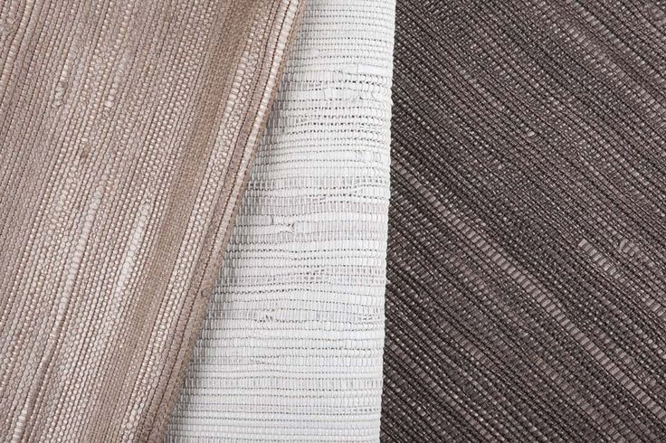 Pezzara derives from an age-old Mediterranean craft tradition, leather laces are woven into cotton warp threads using handicraft techniques. In the pearly version of Pezzara leather laces are treated with metal powders, waxes and oils which endow them with distinctive luminescent or pearly effects. The result is a dramatically attractive and tactile collection in which exquisitely hand-woven warp and weft threads embrace light, embodying the very essence of elegance and refinement.