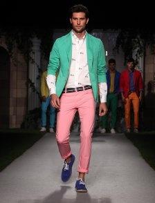 la nuova coloratissima collezione Harmont & Blaine.