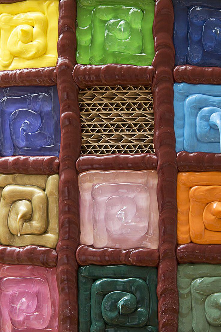Dettaglio dell'arte di Luca Moretto, con contorni rosso mattone www.moretto luca.net www.staygreen.it