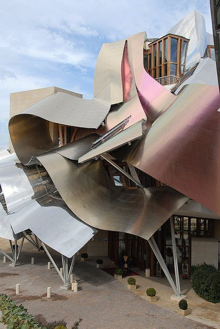 FRANK GERHY Bodegas Riscal done with Dassault Systemes 3D technologies
